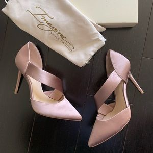 NWT Imagine by Vince Camuto Heels